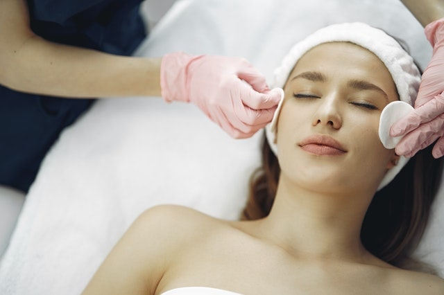 Which facial is best for dry skin